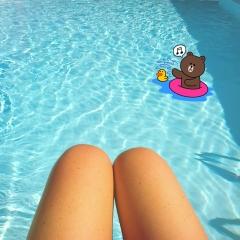 gambe piscina