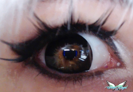 black contact lenses